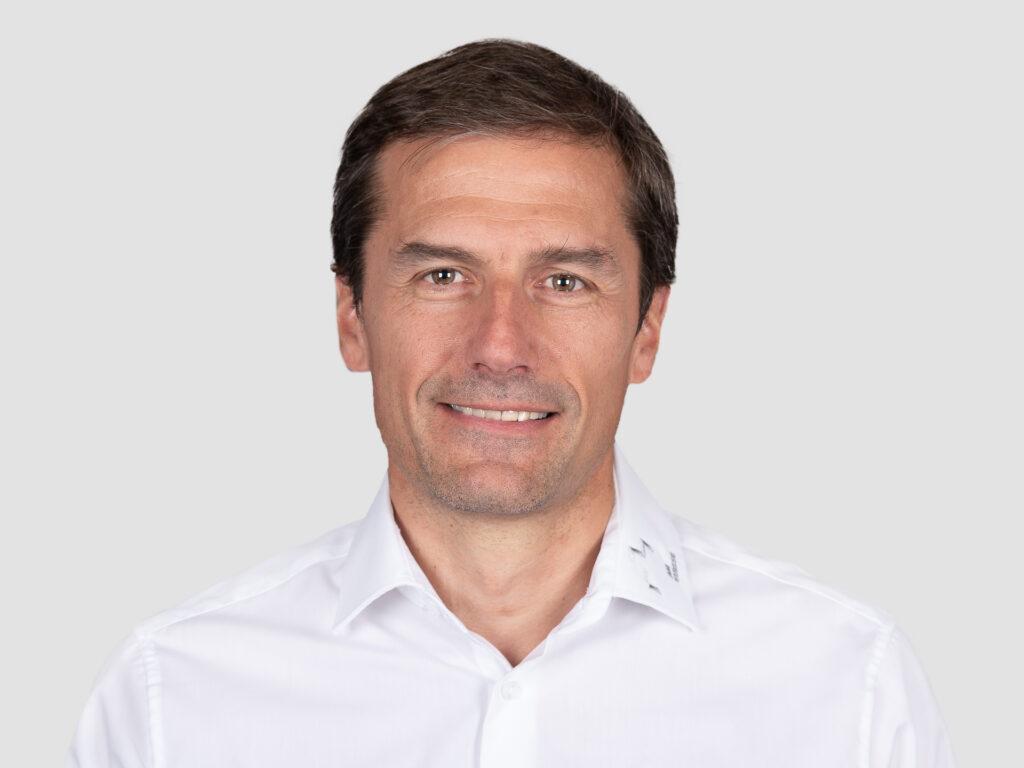 Direktor AM-Suisse